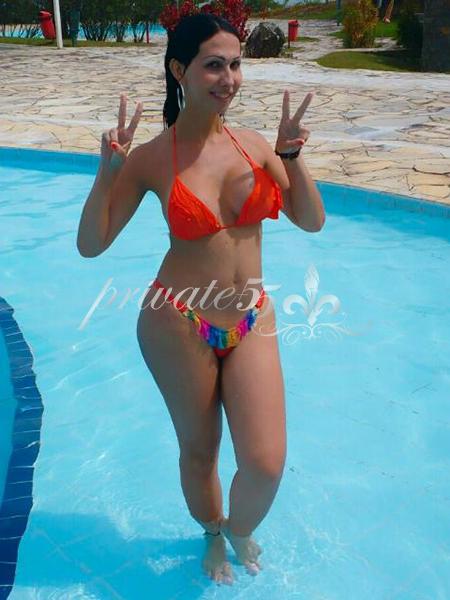 Karoline Ferrera - Acompanhantes Florianópolis - Acompanhantes Floripa - Acompanhantes SC
