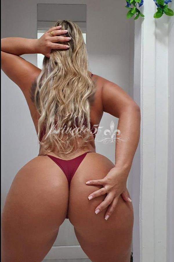 Soraya Blonde - Acompanhantes Balneário Camboriú - Acompanhantes BC - Acompanhantes SC