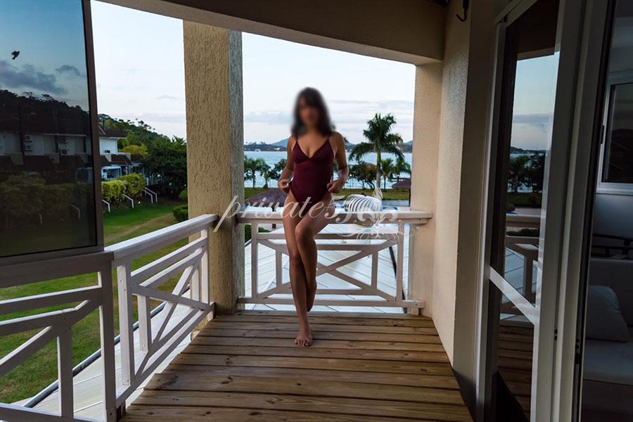 Lara Duarte - Acompanhantes Florianópolis - Acompanhantes Floripa - Acompanhantes SC