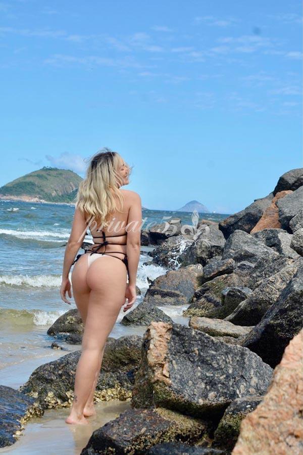 Larissa Oziri - Acompanhantes Rio De Janeiro - Acompanhantes RJ - Acompanhantes RJ