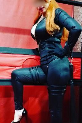 Mistress Nathy - Acompanhantes Curitiba - Acompanhantes Ctba - Acompanhantes PR