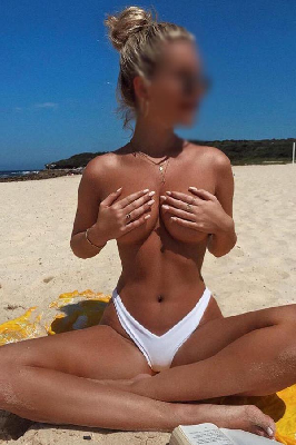 Danielle Lore - Acompanhantes Florianópolis - Acompanhantes Floripa - Acompanhantes SC