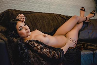 Jade Adelie - Acompanhantes Salvador - Acompanhantes Bahia - Acompanhantes BA