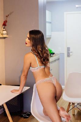 Lara Cortez - Acompanhantes Brasília - Acompanhantes DF - Acompanhantes DF